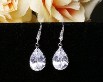 Bridal Earrings Cubic Zirconia Earrings,TEardrop earrings,bridesmaid earrings,dangle earrings,wedding jewelry,Cubic zirconia earrings