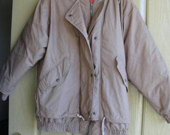 Vintage London Fog Medium Regular mens down feather jacket with zip in hood 1980s 80s