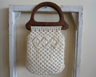 Vintage Hippie Style White Macrame With Two Faux Wooden Plastic Handles