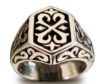 Medieval Knights Templar Ring Celtic Crest Design in Bronze - All Sizes