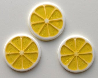 34mm Yellow Glitter Lemon Citrus Pendant Statement Chunky Necklace Beads