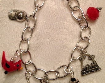 St. Louis Cardinal Bracelet with Fred Bird Prndant