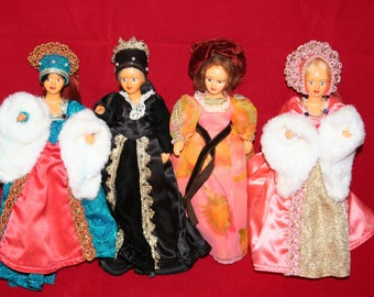 Four Vintage Peggy Nisbet Dolls.