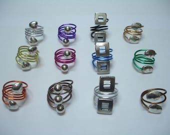 Trendy Wire Ring with Metallic Beads