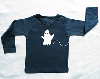 Spooky! Personalized baby t-shirt with a ghost (and the name of the baby)