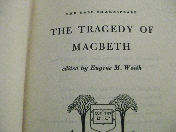 shakespeares macbeth the tragic hero essay Macbeth as a tragic hero the role of a tragic hero is commonplace in many of  shakespeare's works the character of macbeth is a classic example of a  shakespearean tragic hero there are a  essay by tom vicenzi create a free  website.
