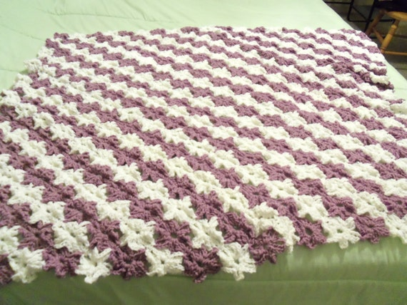Crochet Flower Pattern Blanket : Flowers in a Row Baby Blanket Crochet Pattern by ...