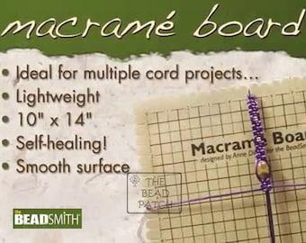 BEADSMITH MACRAME BOARD 11.5 x 15.5 inches (10 x 14 Grid) Large