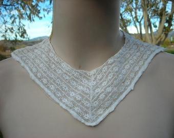 Delicate White Lace Collar