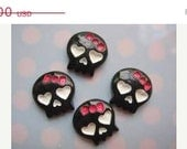 ON SALE Free Shipping Lot of 5 Small Skull With Pink Bow Flat Back Resins