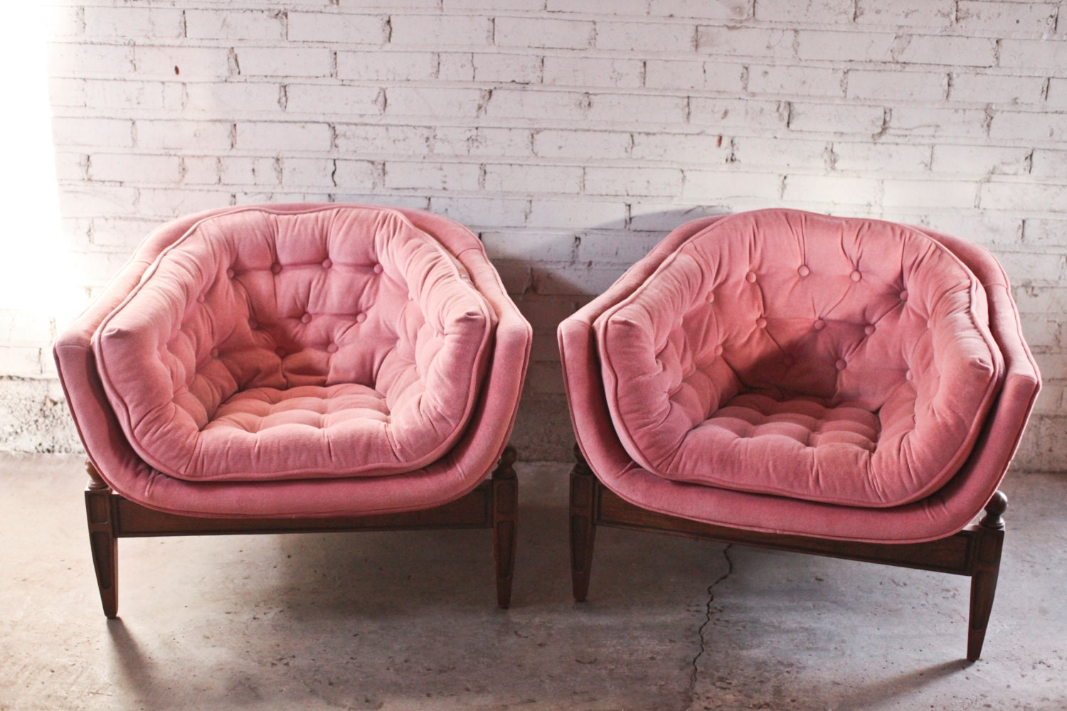 Greyhound Shipping Quote >> Pair 1960s Vintage Three Legged Tufted Tub Chair Pink Velvet