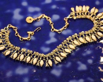 Vintage Lisner Goldtone,Cleopatra, Milkglass and Rhinestone Necklace