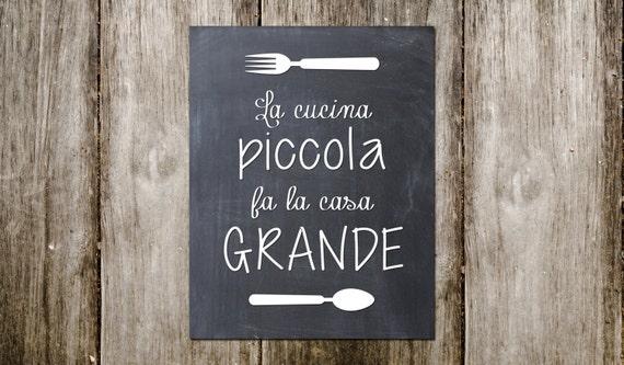 La cucina piccola fa la casa grande italian by for Piccola cucina grande casa