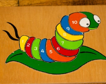 Wooden counting jigsaw tray