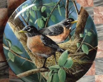 The Robin, By Kevin Daniel knowels Collection Plate, Birds of your Garden, 1986, Encyclopedia Britanica