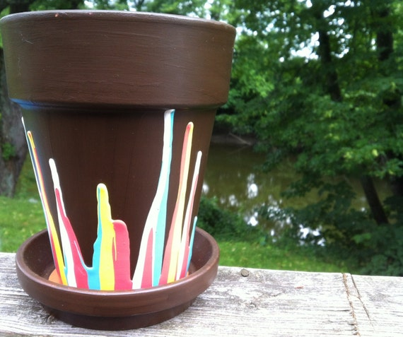 Beautiful Unique Dripping Paint Plant Pots To Add Wonderful