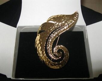 "Avon ""Goldtone Feather"" Pin"