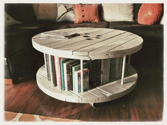 Comment Fabriquer Une Table Basse En Bois ~ Items Similar To Spool Coffee Table  Made Out Of A Cable Reel On Etsy