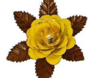 Rustic metal rose w/ leaves - Yellow approx 5.5""