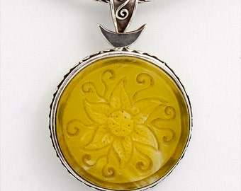 Magic Flower 1 - Pendant - Sterling Silver - Amber