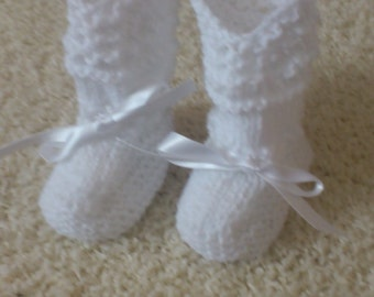 Baby shoes, baby booties for little ladies