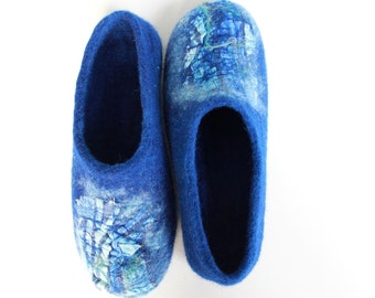 Felted  wool  men slippers / handmade house shoes / ecological felt slippers for men MADE TO ORDER