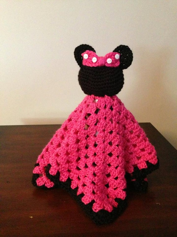 Crochet Pattern For Minnie Mouse Blanket : Items similar to Crochet Minnie Mouse Security Blanket on Etsy