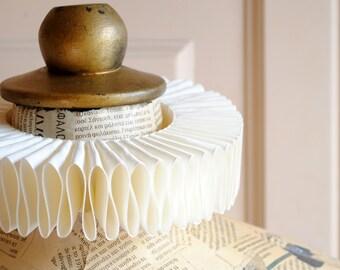 Cream Elizabethan Ruff Collar,Renaissance Costume,Mardis Gras Costume-Custom-Made to Order