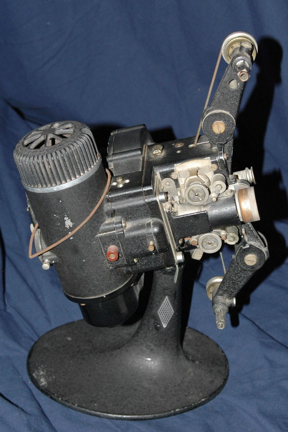 16mm Reel Movie Projectors: 16mm Movie Room Display Piece Bell And Howell Antique Silent