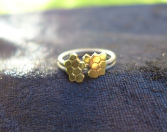 Honeycomb Nugget Stacking Rings