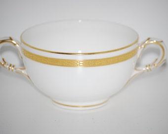 Cream Soup Bowl ~ Royal Worcester 1915 ~ Vigornia Pattern