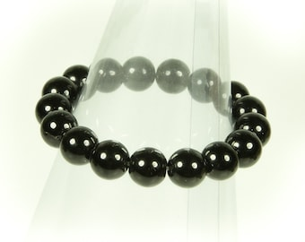 Onyx gemstone stretch bracelet.