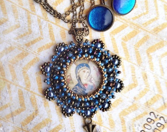 Sparkly blue Pendant and earrings