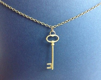 Antiqued Bronze Skeleton Key Necklace