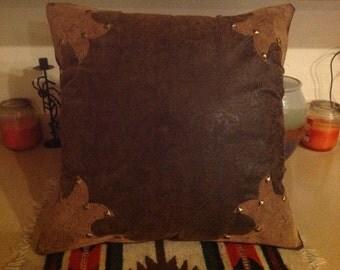 Corner pillow