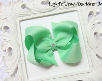Mint Boutique Hair Bow, available in 4 sizes, extra large, large, medium, small