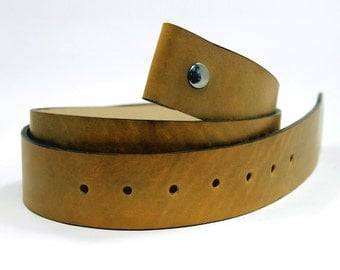dirty yellow leather snap belt