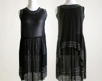 Vintage 1920s Dress - Black Beaded Cocktail Flapper Dress - Medium Evening Dress