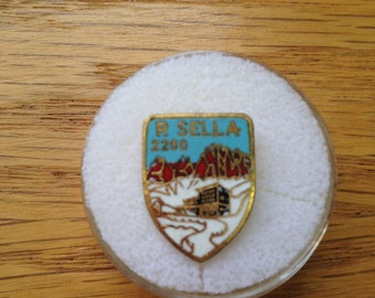 Vintage Italian Alps P. Stelvio M 2760 Hat or Lapel Pin