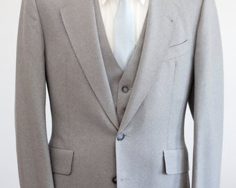 Men's Blazer and Suit Vest / Vintage Grey Wool Waistcoat and Jacket / Size 38 Small