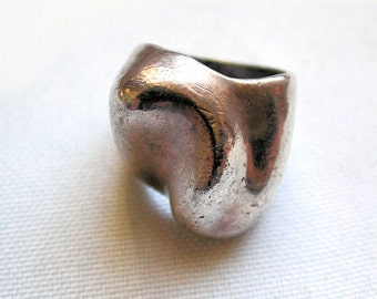 1960s Modernist Ring, Bold Vintage Artisan Ring, Sculptural Chunky Silver Ring size 5