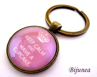 Keep calm and have a cupcake keychain - Purple keep calm keychain - Cupcake keychain k140