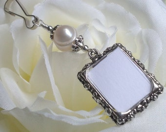 Wedding bouquet photo charm with Freshwater pearl. DIY photo. Pearl wedding charm. Memorial photo charm - 1 or 2 sided. Bridal shower gift.