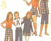1970's Girls Sewing Pattern Jacket Skirt Pants Knickers Gauchos Shorts Butterick 6423 Size 7