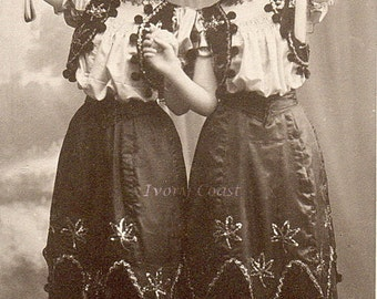Gypsy Dancers Photo Vintage Postcard.  Digital Download.