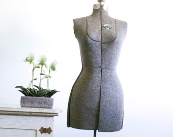 Vintage Acme Adjustable Dress Form / Size A
