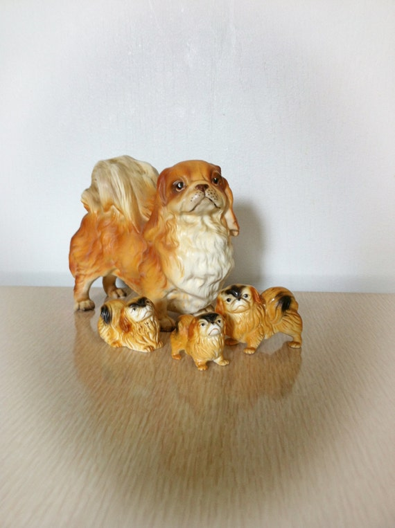 Vintage Lefton Pekingese Dog And 3 Puppies Figurine