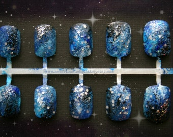 Galaxy Nail Art, Galaxy Fake Nail, Short Fake Nails, Press On Acrylic Nails, Celestial Nails For Stargazing Romantics