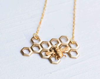 Bee Honeycomb Necklace,Honeybee Pendant,Bee Necklace,Gold Bee Necklace,Beekeeper Jewelry,Honeybee, Bumblebee Pendant,Beehive,Busy Bee
