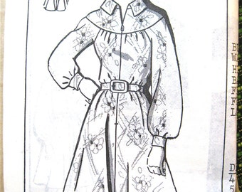 Vintage 1970s mail order 8305 sewing  pattern to make dress in size 8